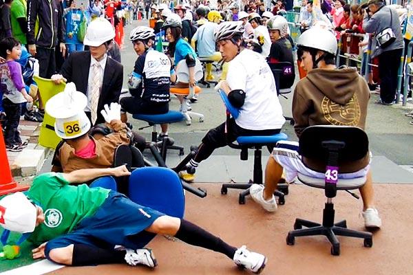 carrera de sillas de oficina