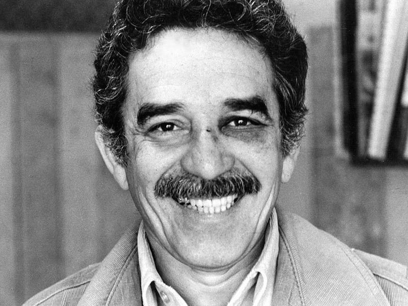 Premio Nobel García Marquez con ojo morado