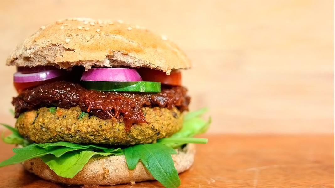 hamburguesa vegana de falafel