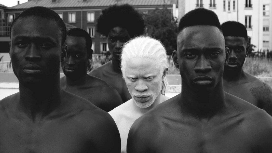 ¿Existe el racismo inverso? ¿Se discrimina a gente blanca?