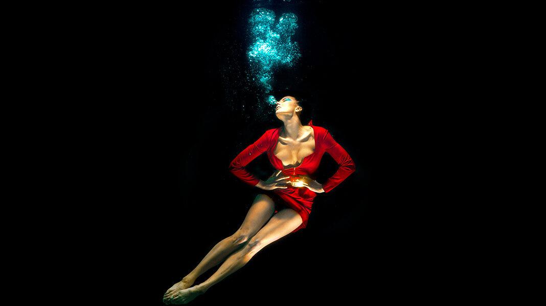 ¿Se puede oler debajo del agua?
