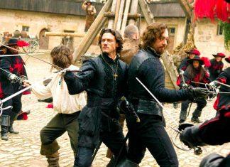 """n posición, alza tu espada y di """"touché"""""""